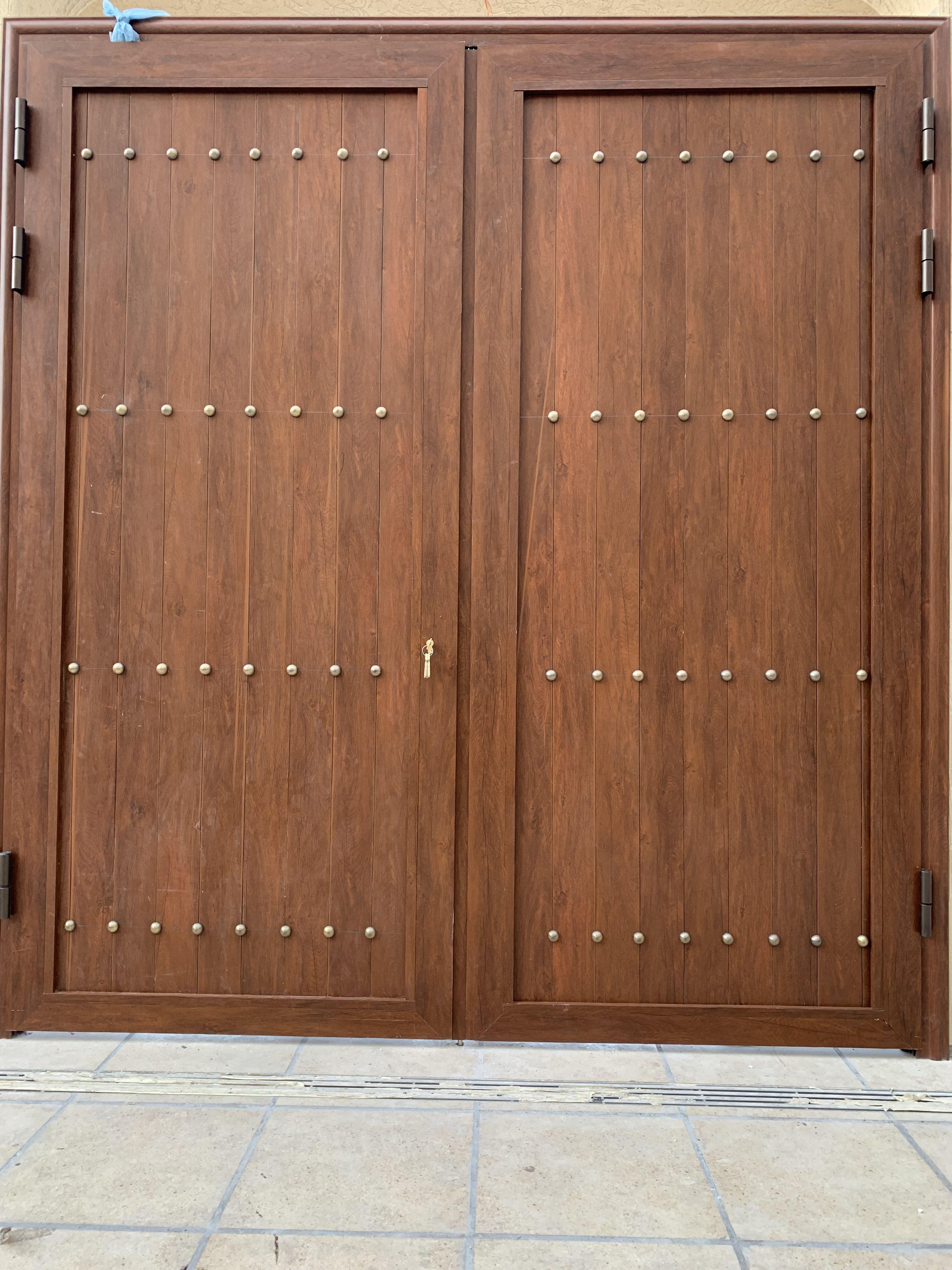 Pin By Gasc Aluminum المنيوم جاسك On ابواب مداخل المنيوم جاسك 0536852254 Home Decor Furniture Decor