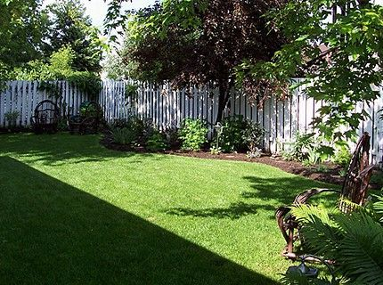 Backyard Flower Gardens | ... /Flower Beds In Backyard   Great Lakes  Gardening