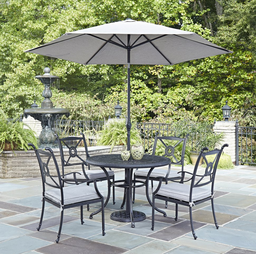 5 Piece Round Patio Dining Set With Umbrella In 2020 Outdoor