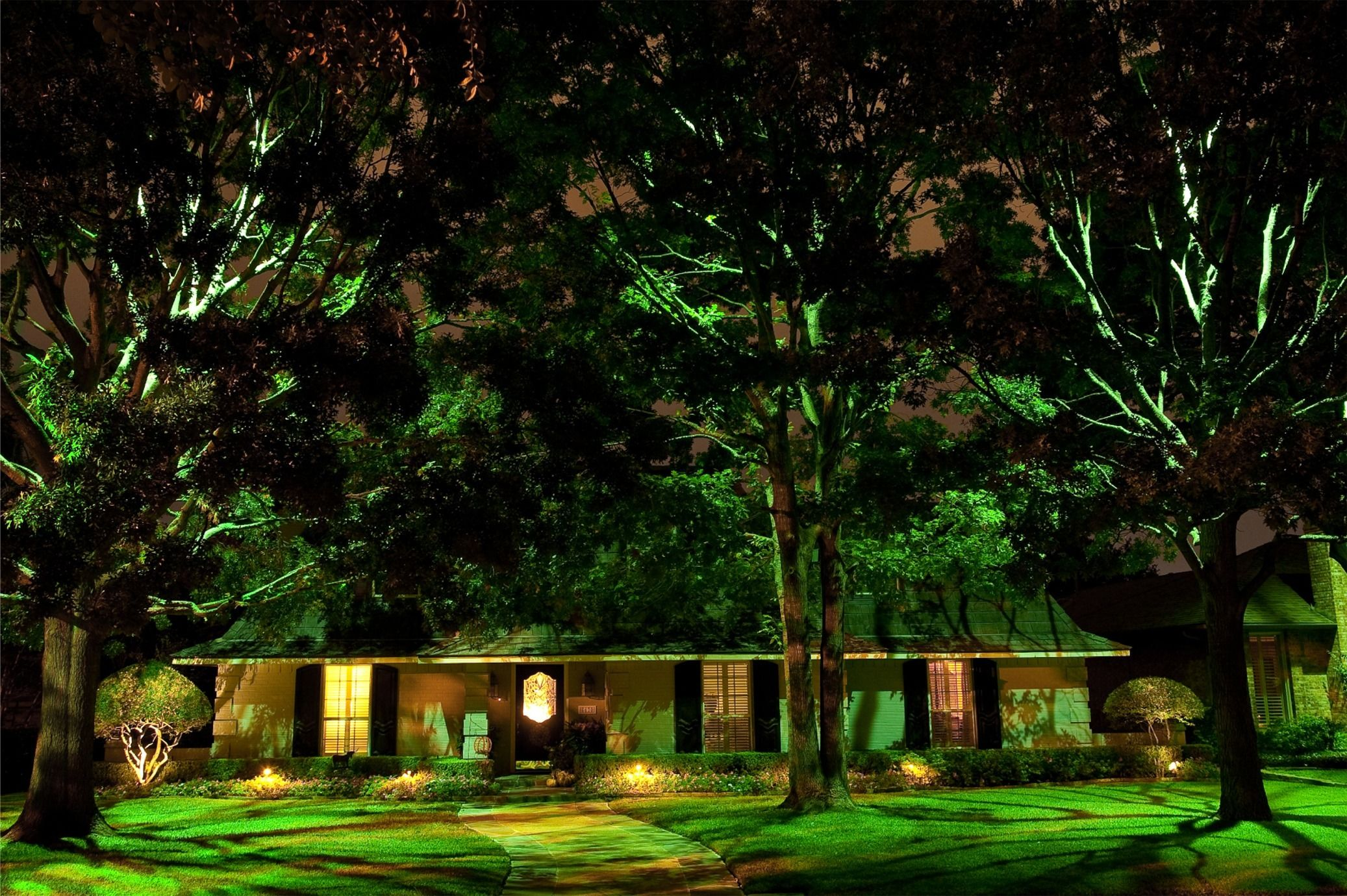 Superb Designing With LEDs | Landscape Lighting Supply Company