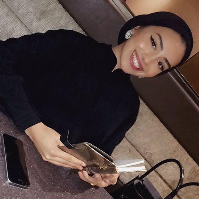 girl bigg ass hijab