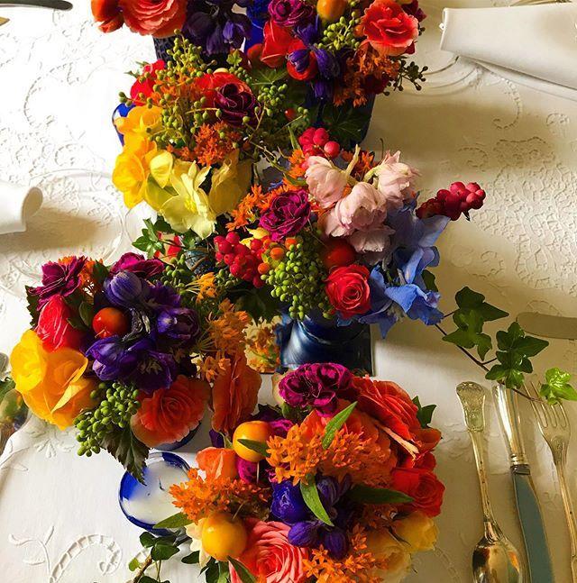 Mignatures d'automne. Style Marie Antoinette.  #flowerphotography #flowers #flower #nature #naturephotography #flowerstagram #macro #photography #flowersofinstagram #flowerpower #garden #macrophotography #floral #photooftheday #perfection #naturelovers #gardening #autumn #flora #flowerlovers #beautiful #plants #ig #flowermagic #flowerlove #roses #follow #flowerlover #flowerphoto #bhfyp