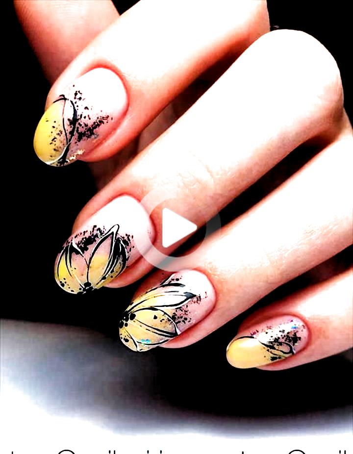Ongles en acrylique amande, ongles courts en amande, conception d'ongles d'été, forme d'ongles en