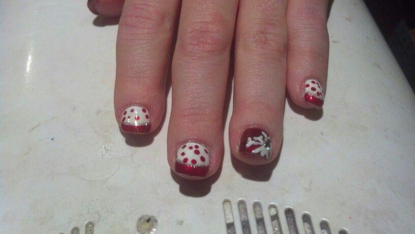 Merry christmas v's nails