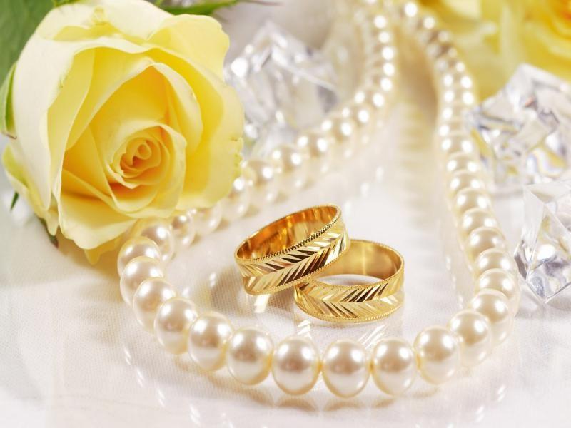 خاتم الخطوبة بالصور خواتم ودبل ومحابس للخطوبة فيس بوك ميكساتك Wedding Ring Wallpaper Wedding Ring Background Romantic Wedding Rings