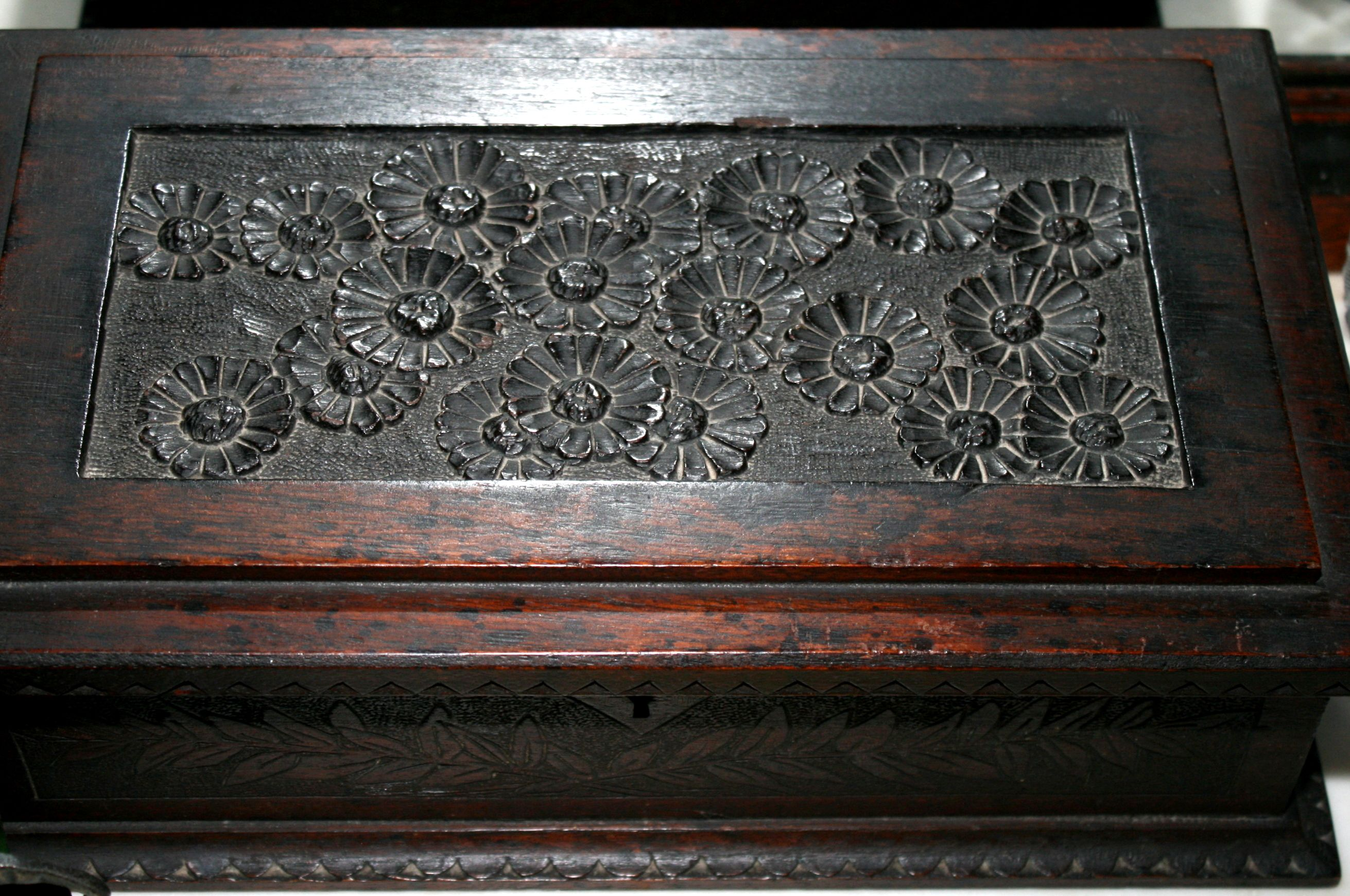 "c1880 Aesthetic storage box, walnut, carved daisies, Cincinnati Art Movement, 13""w."