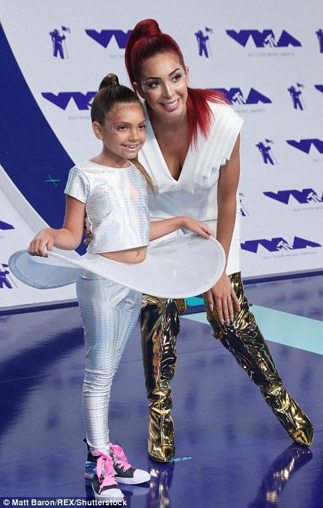 Mtv Video Music Awards Arrivals With Images  Mtv Music