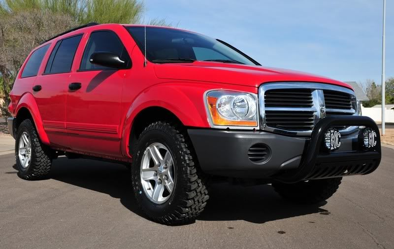 2004 Dodge Durango Sxt 4x4 Installed A K N Cai Silverstar Bulbs Raptor Bull Bar With 130 Watt Kc Slimlite Drivi Dodge Durango 2005 Dodge Durango Dodge Trucks