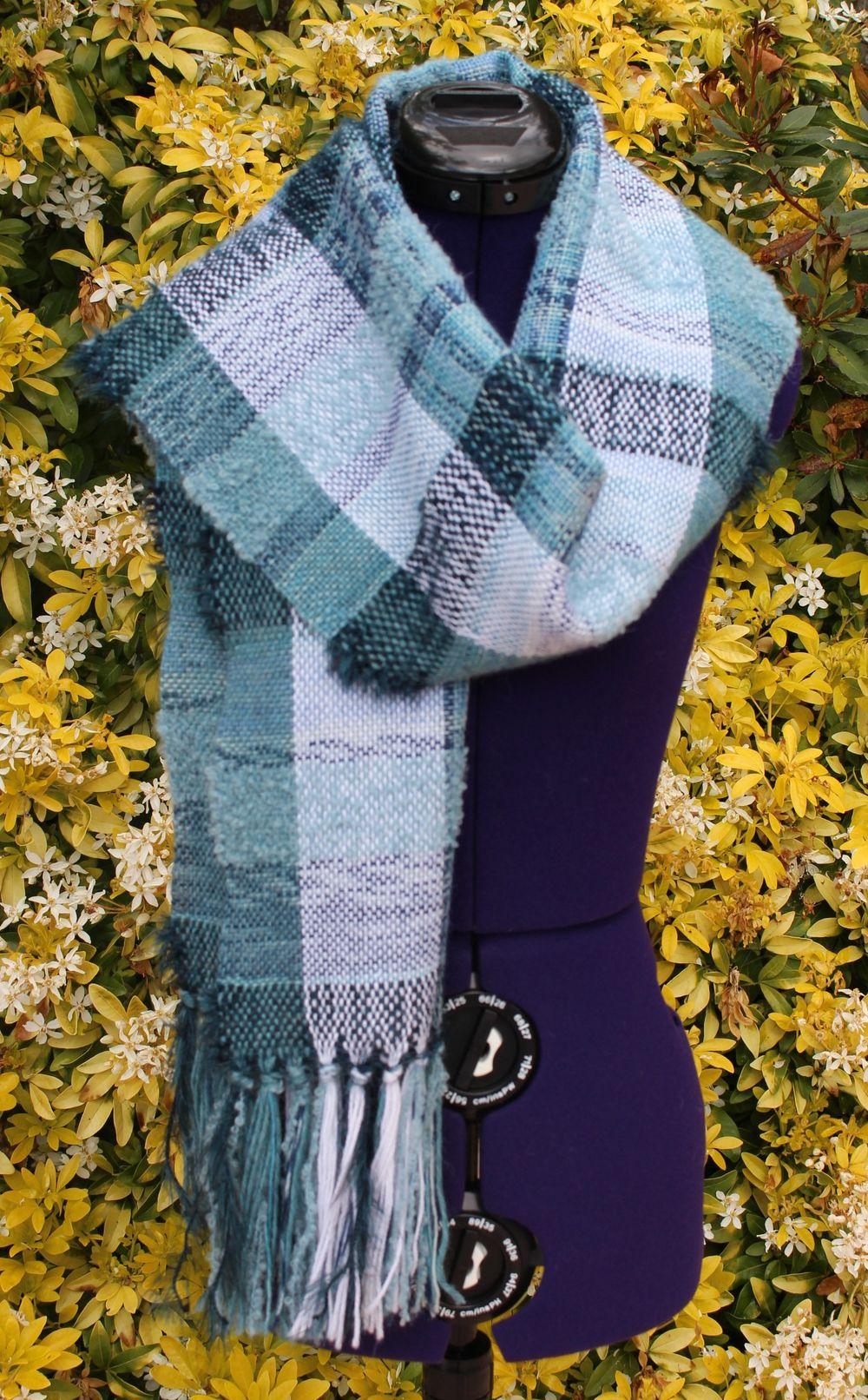 9c1e63ca544c Étole, châle en laine, écharpe tissée, écharpe tour de cou - Tissage –  Création unique – Fait main