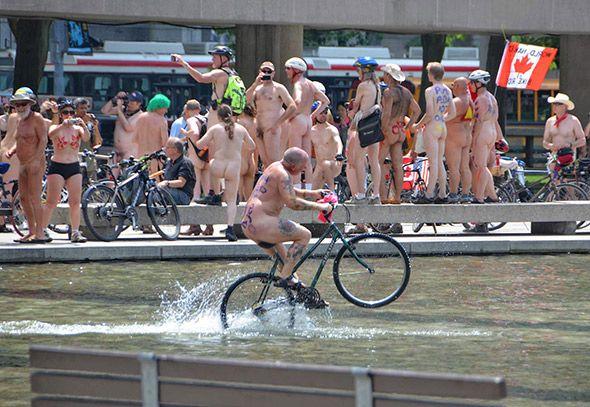 toronto ride Naked bike