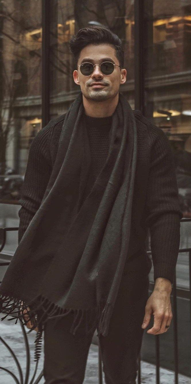 10 Amazing Street Styles for the Bold and Handsome Men #menstreetstyles