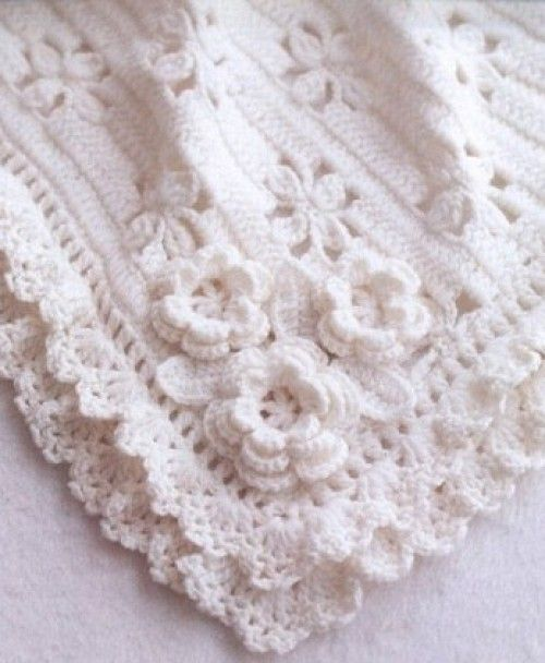 Gorgeous Crochet Baby BlanketThis crochet diagram is available for free... Full post: Gorgeous Crochet Baby Blanket