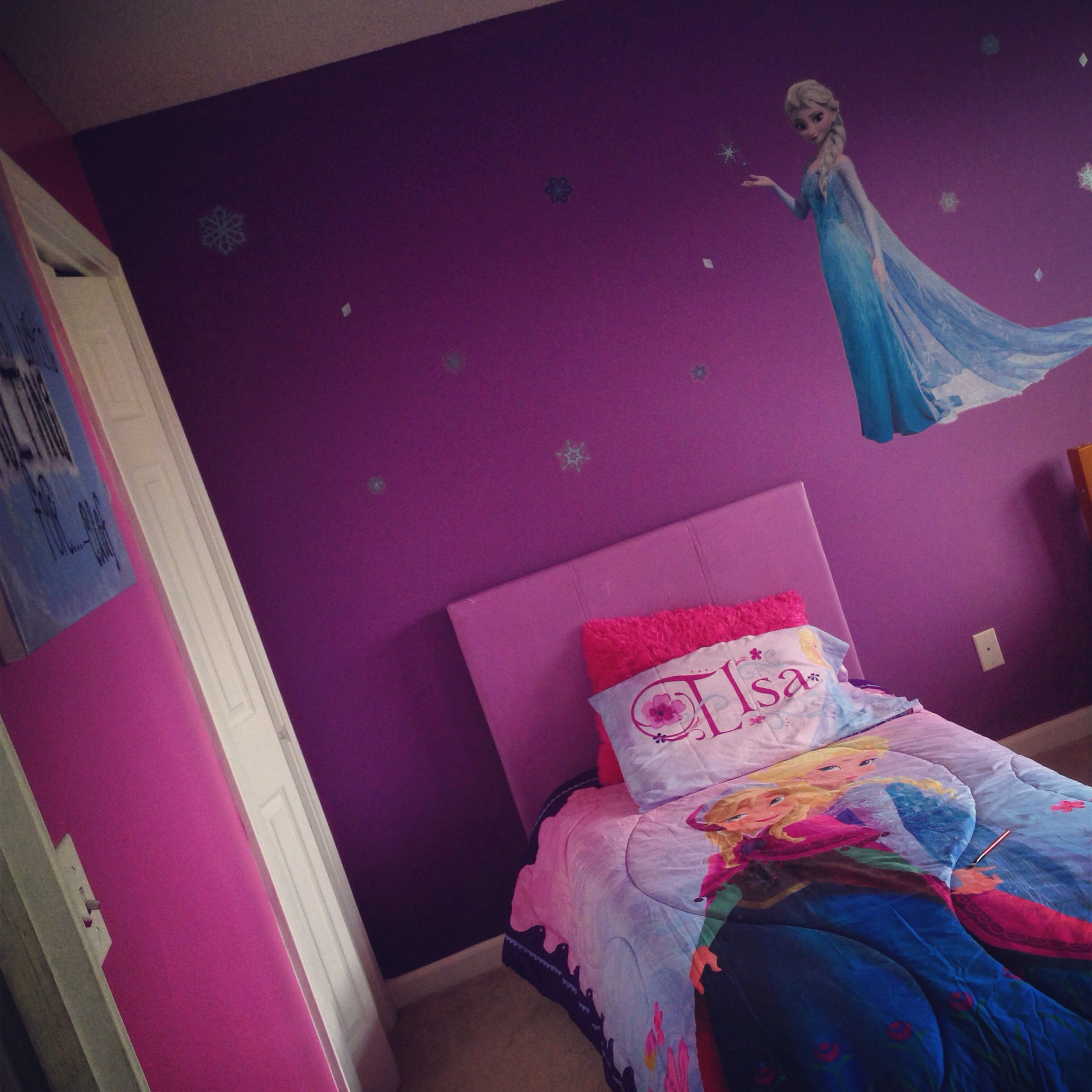 Frozen Room #frozen #bedroom
