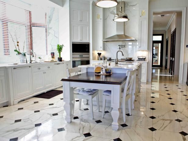 Elegant Transitional Kitchen With Black And White Marble Flooring Marble Floor Kitchen Kitchen Flooring White Kitchen Floor