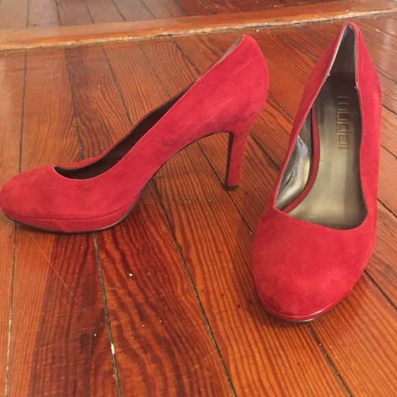 Size 7 Red Suede Pumps Minor Wear A Small Portion Of The Paint Chipped Off Right Shoe Shoes Heels