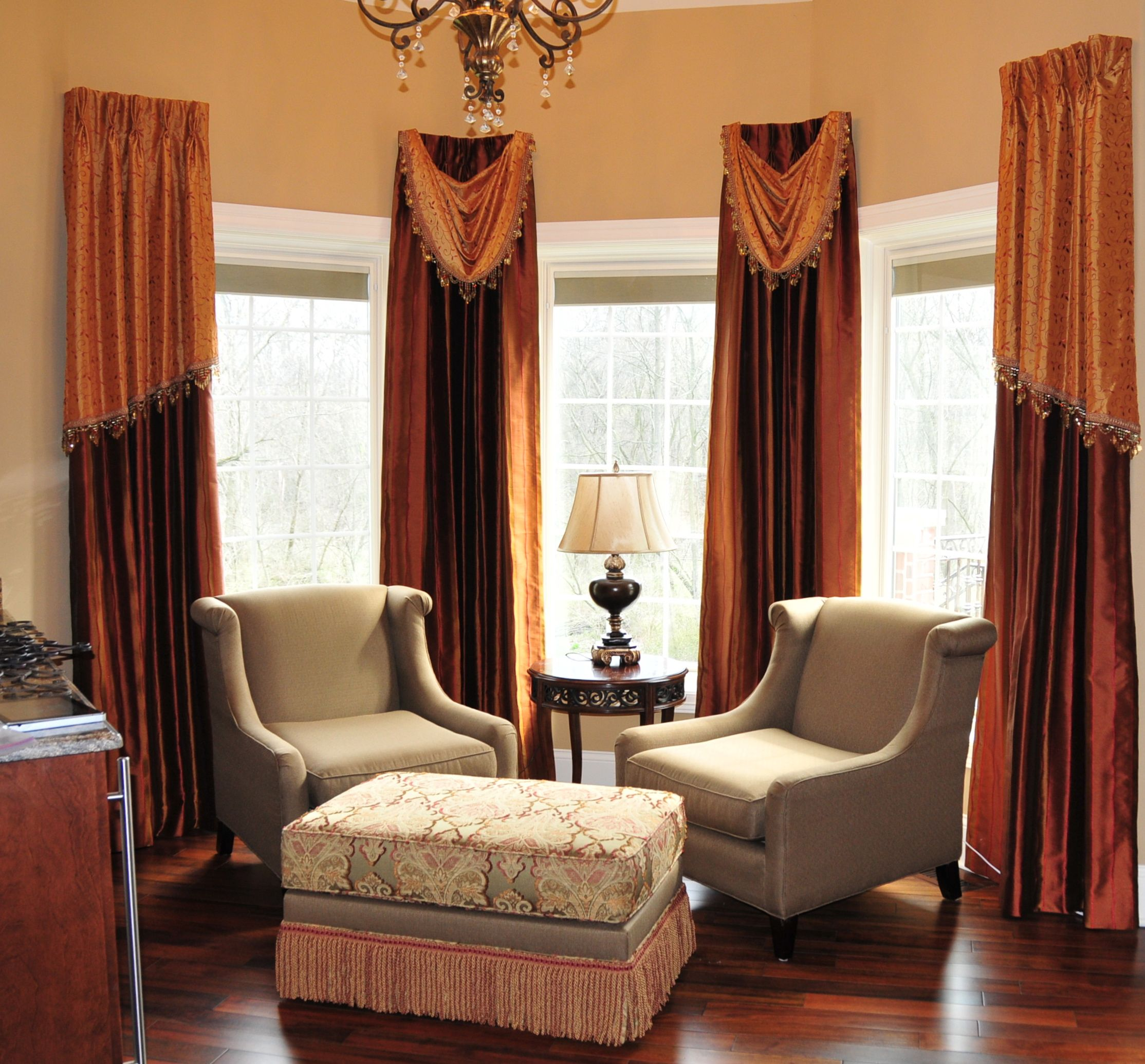 Best Master Bedroom Sitting Room New Drapery Chairs And 400 x 300