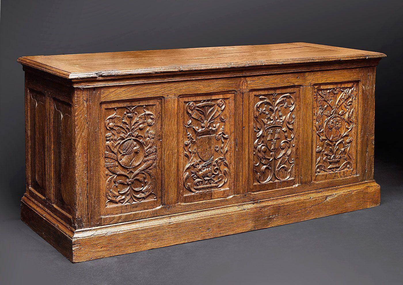 Coffre De La Premiere Renaissance France Xvie Siecle Bois De Chene Decor Medievale Mobilier De Salon Meuble De Style