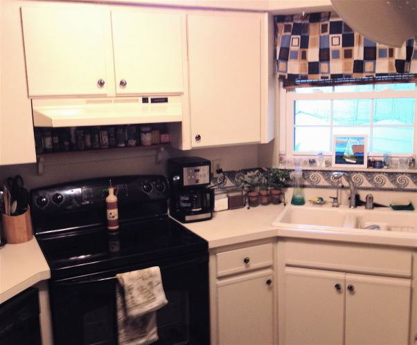 Redo ugly 80s oak-trim laminate kitchen cabinets for under $50 ...