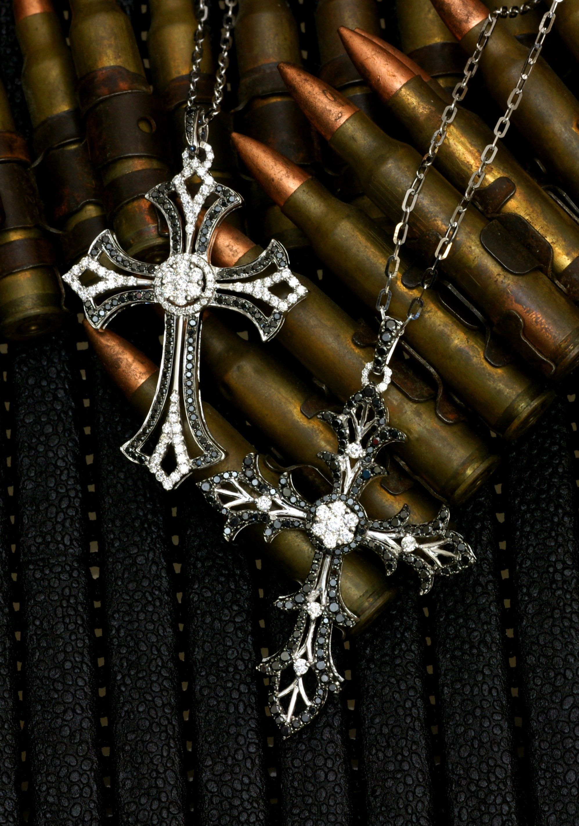 K18 blackdiamond mens cross necklace cross necklace blackdiamond k18 blackdiamond mens cross necklace cross necklace blackdiamond k18 steampunk voltagebd Image collections