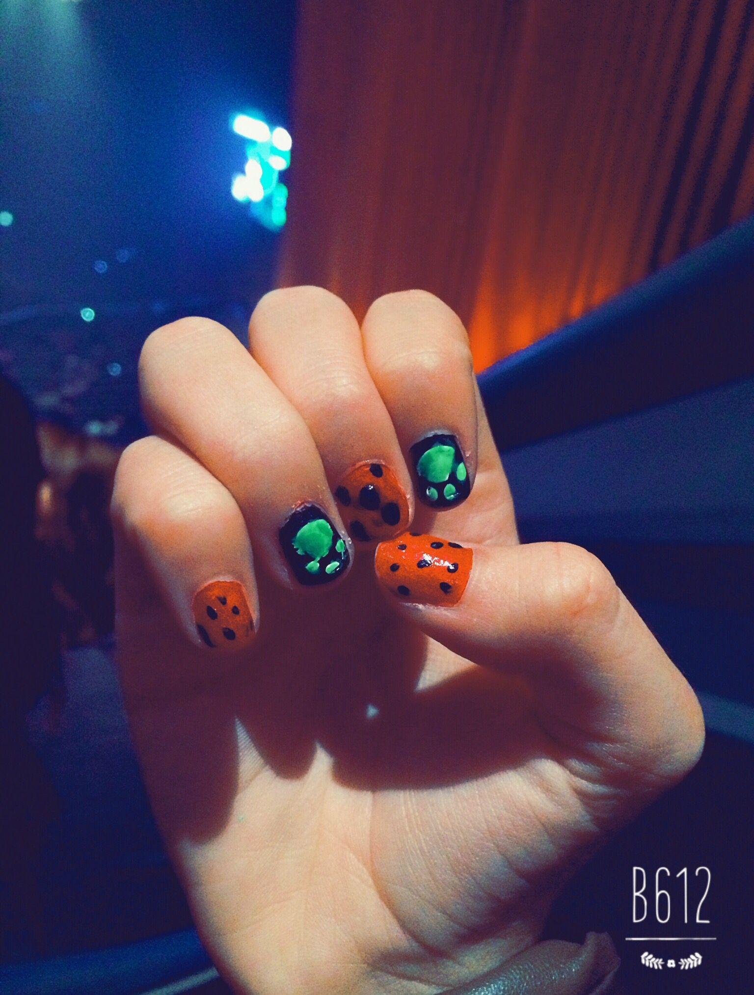 Yay!! My nails!! | Miraculous Ladybug | Pinterest