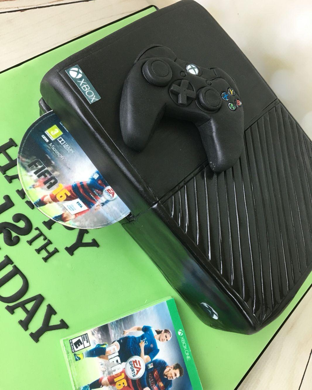 Xbox one birthday cake with Fifa 16 game birthday cakes