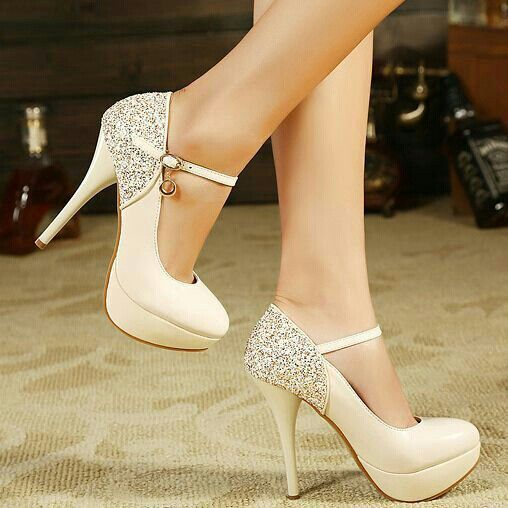 nuevo producto 1ce40 3f270 Eye Candy: 10 Extravagant Heels for Spring   Fashion ...