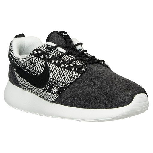 bbd06cb13bce Women s Nike Roshe One Winter Casual Shoes - 685286 001
