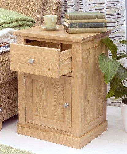bonsoni mobel oak one door one drawer lamp table superb contemporary oak lamp table https