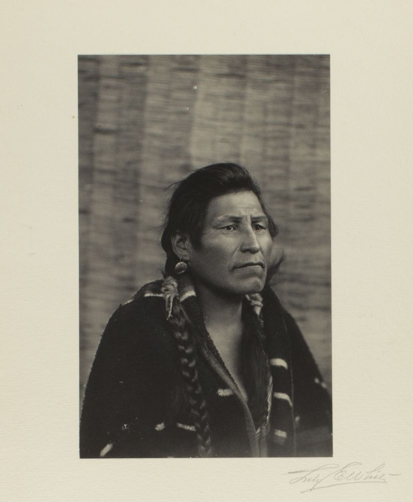c. 1902-1904 photo of Shookum Wahakee. Skookum is the Chinook jargon word for strong. Walihe is from his own tribal dialect. Photo taken near Portland, Oregon by Lily E. White American photographer (1865-1944). Native American, Indian, Oregon and Washington
