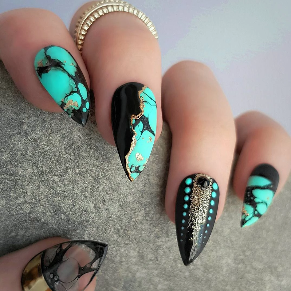 Turquoise stone detail with black & gold