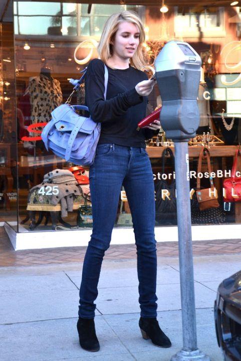 d14355f0 Emma Roberts street style | love in 2019 | Emma roberts style, Emma ...
