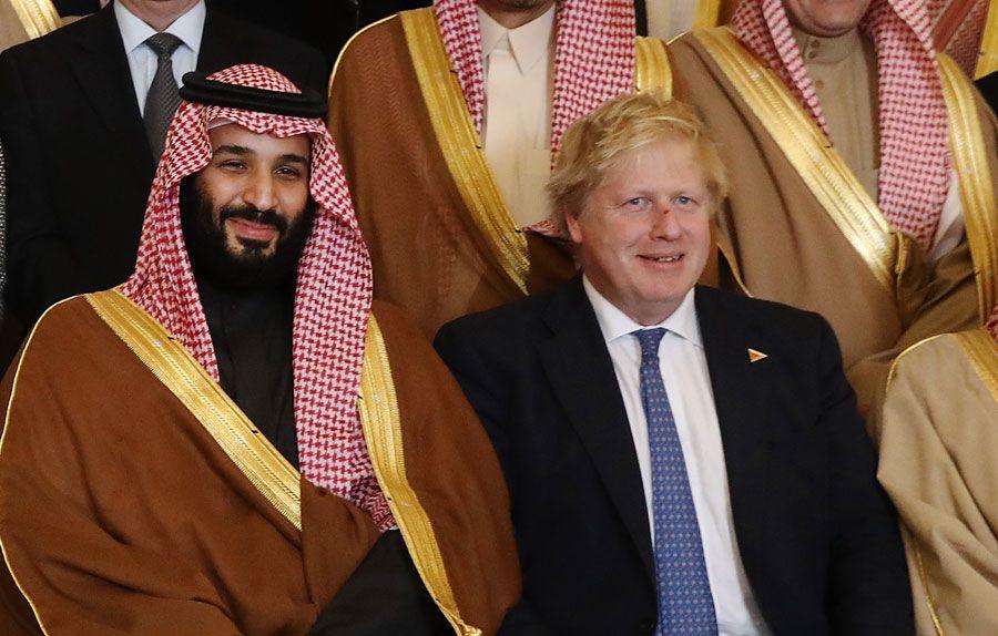 إن شعب المملكة العربية السعودية يحمل كل الحب والاحترام لولي العهد محمد بن سلمان أل سعودي فيعتبر محمد بن سلمان هو الرجل الأول بعد والده الملك سلمان بن عبد العزي