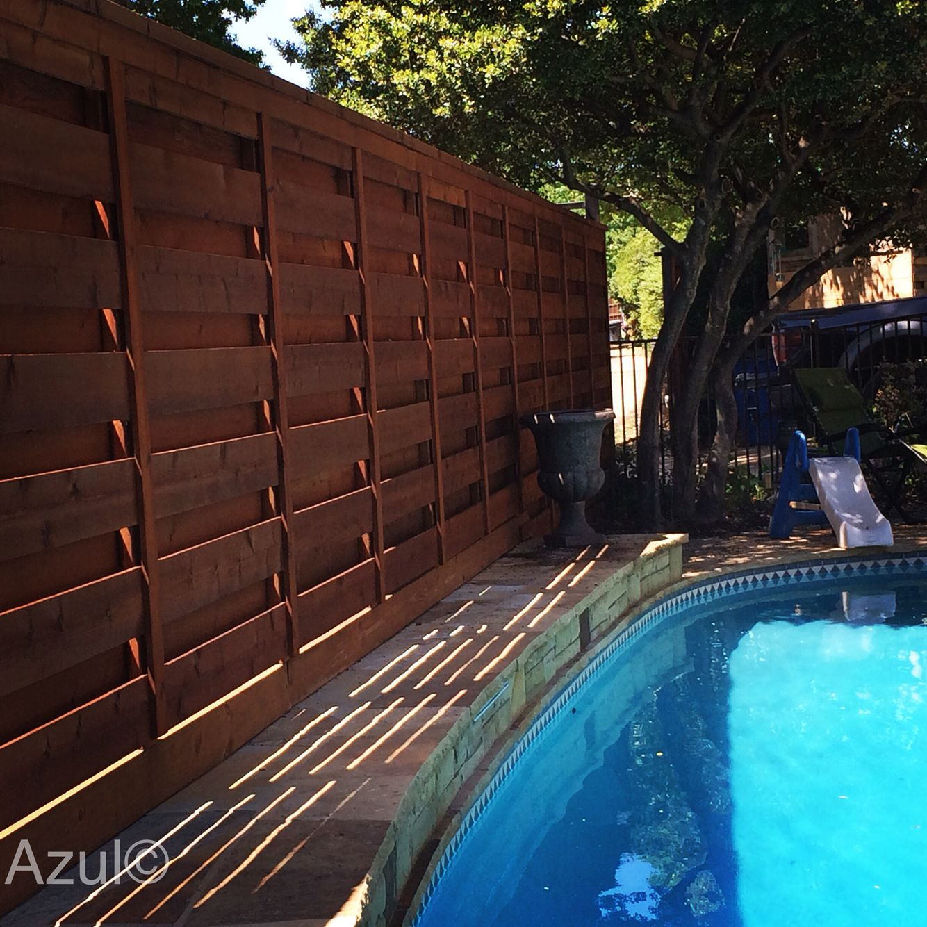 Living Privacy Fence This Is A Mahogany Stained And Sealed Shadow Box Cedar Privacy