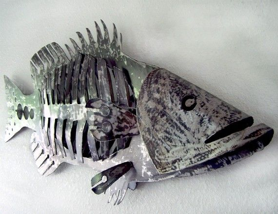 A Great Bone Fish Carved From Heavy Plate Steel It Measures 4 Long By 1 Wide The Raw Steel Is Textured And Coated Fish Sculpture Metal Fish Fish Design
