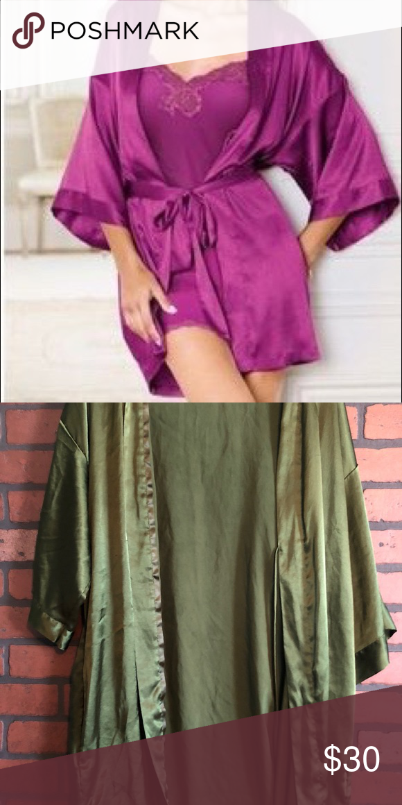 Victoria secret Robe Olive Victoria secret robe size xs would fit xs-m PINK  Victoria s Secret Intimates   Sleepwear Robes e3bc546e9