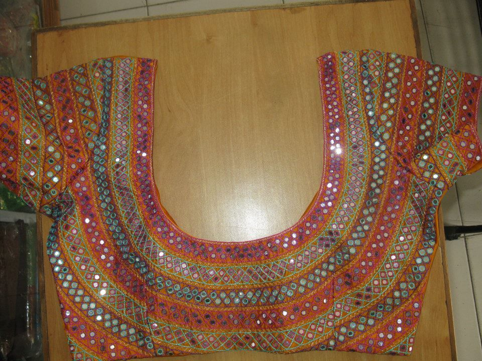 Hand embroidery designs for neck بحث google blouse
