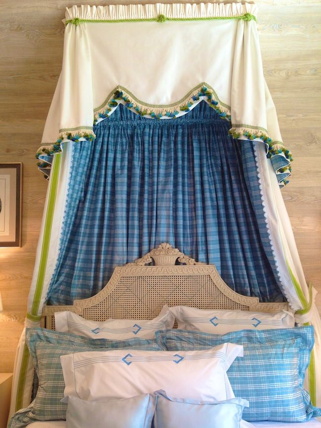 Barbara-Ostrom-Associates-Canopy-Bed-Hamptons-Designer-Showhouse-