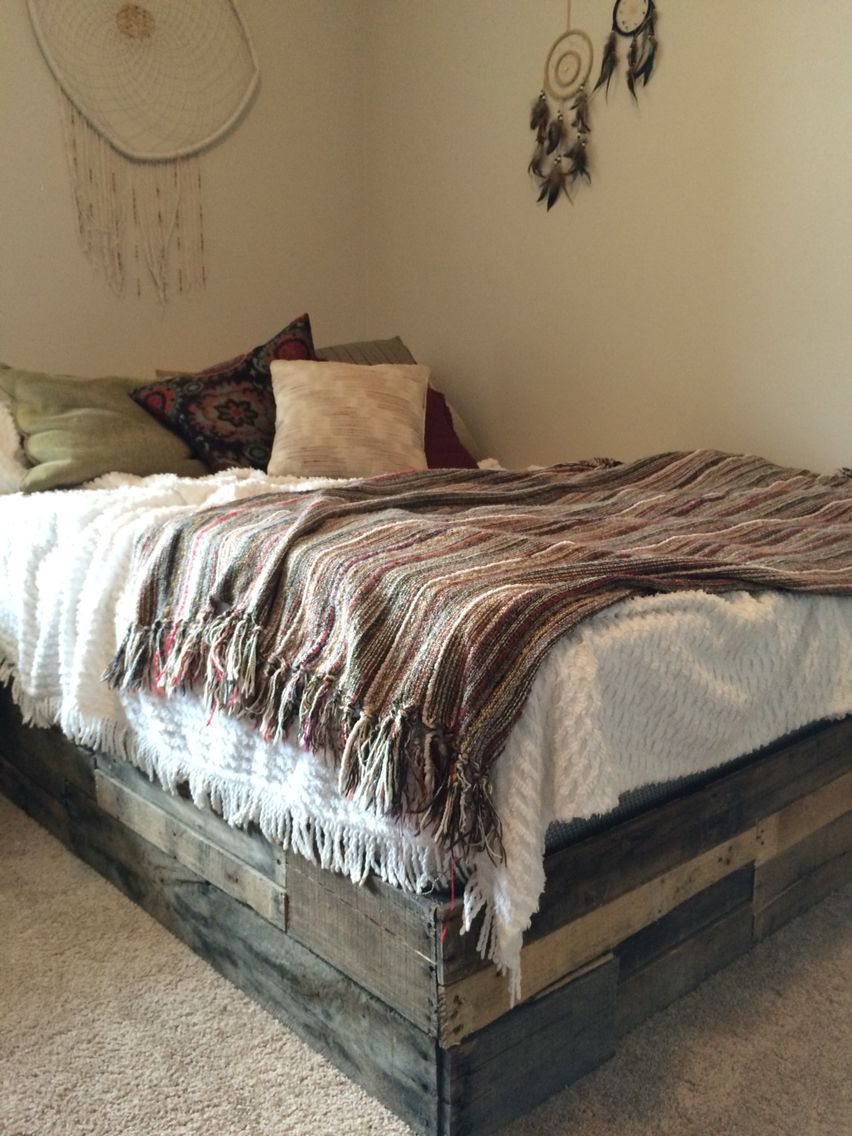 Custom pallet bed from the Strong Wood Designs Rustic ...