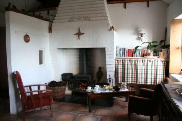 irish cottage interior living room kitchen - Google Search ...