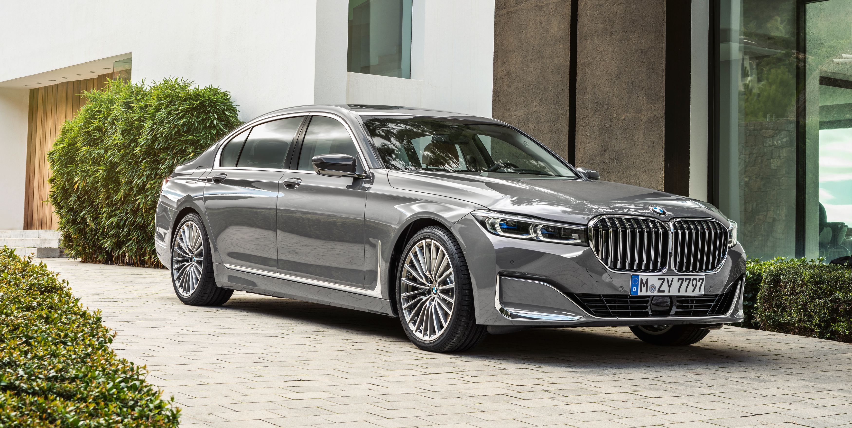 2020 Bmw 7 Series Updated Bigger Grille Revised Engines More Tech