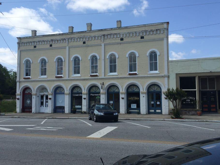 Walking Dead Granville Ga Apartment in Grantville, United