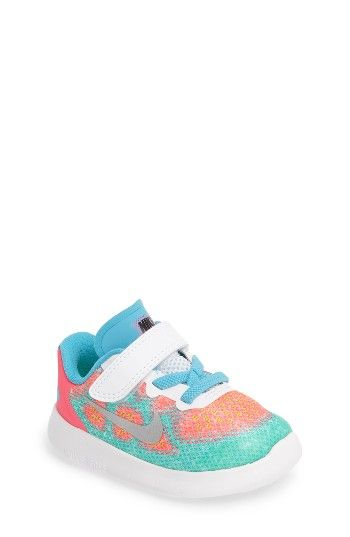 Free shipping and returns on Nike Free Run 2017 Sneaker (Baby, Walker, Toddler & Little Kid) at Nordstrom.com. A high-performance shoe features a knit upper for breathability and a cushioned, flexible sole that offers a barefoot feel with the protection of a traditional shoe.