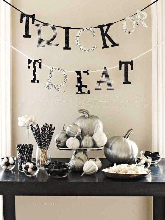10 black and white halloween decorating ideas  celebrations black