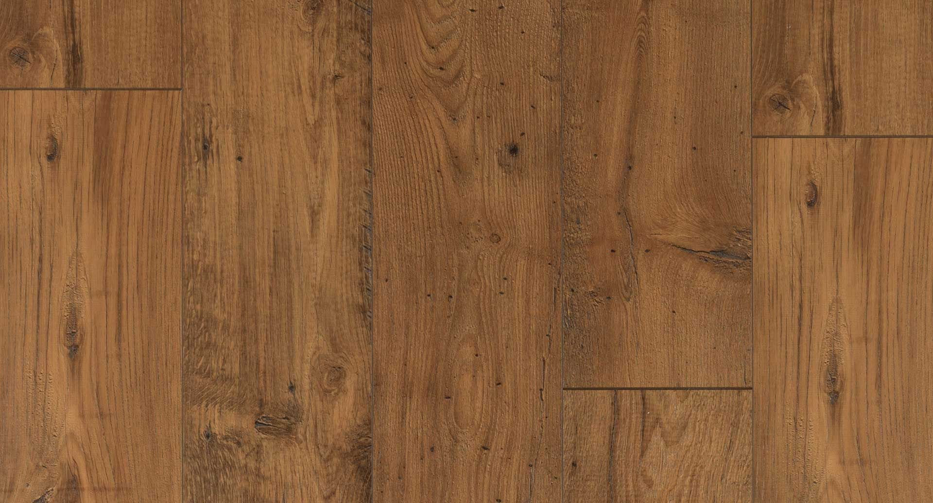 Amber Chestnut Textured Laminate Floor Medium Chestnut Wood Finish 12mm 1 Strip Plank Laminate Flooring Easy Laminate Flooring Wood Laminate Pergo Flooring