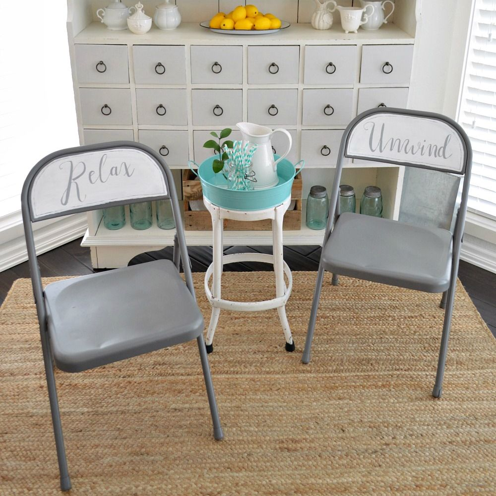 Spray And Chalk Paint Folding Chair Makeover