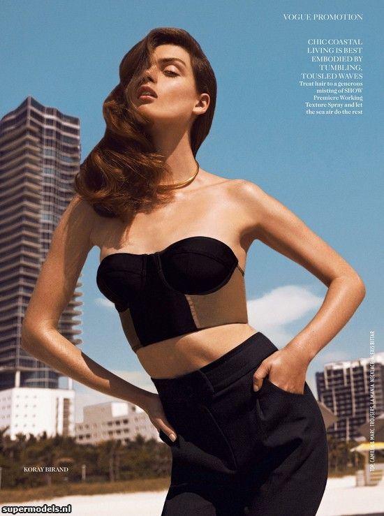 Supermodels.nl Industry News - Maria Palm in 'Turn Up The Heat'...