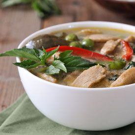 Video of how to make thai green curry starting with making your own video of how to make thai green curry starting with making your own fresh coconut thai curry recipesthai food forumfinder Image collections