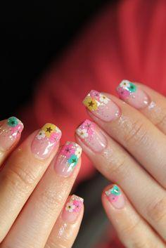 . #nail #art #flower #inspiration #nail #unhas #unha #nails #unhasdecoradas #nailart #gorgeous #fashion #stylish #lindo #cool #cute #floral #flores #fofo