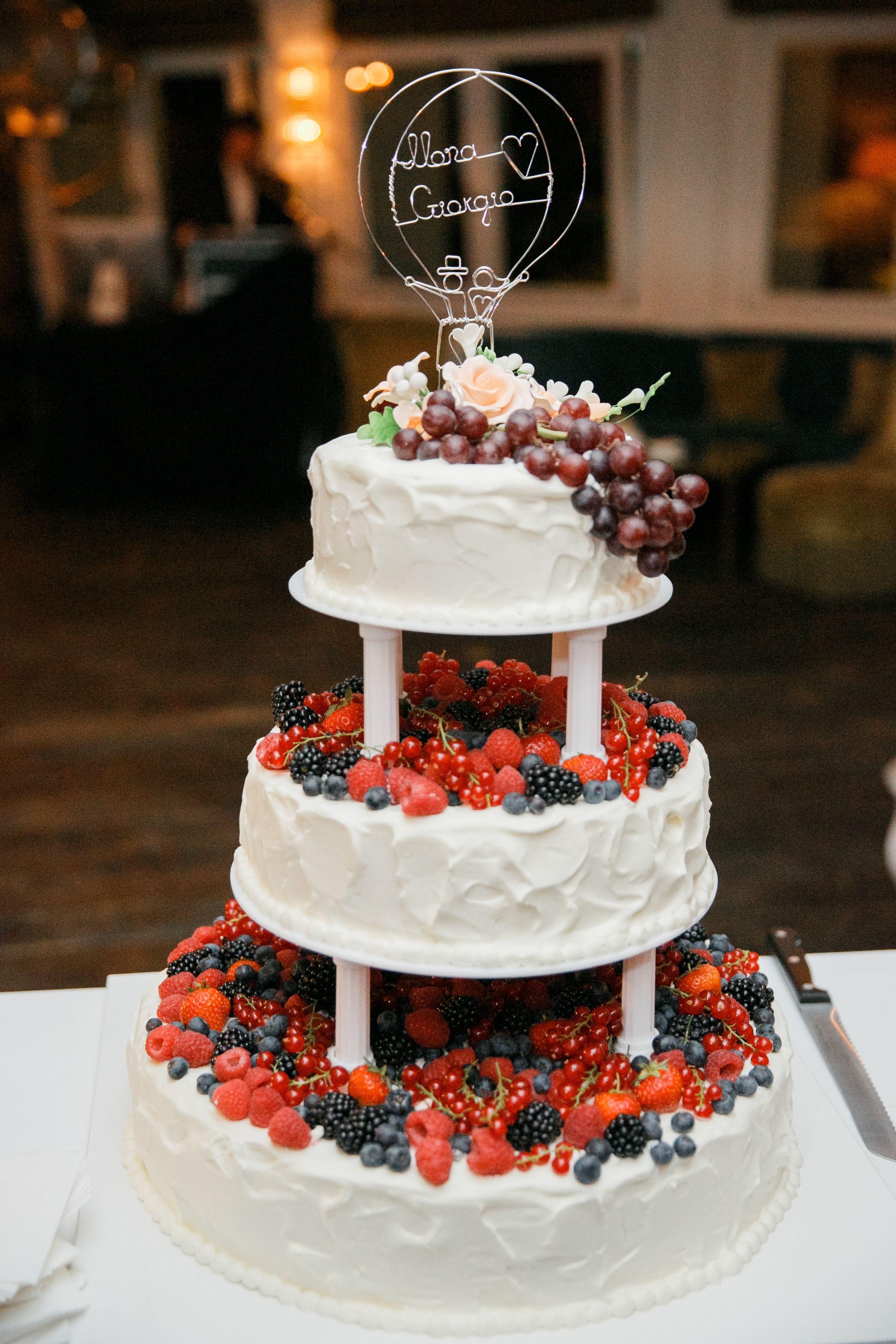 Hochzeitstorte Mit Beeren Wedding Cake Hochzeitsplaner Berlin