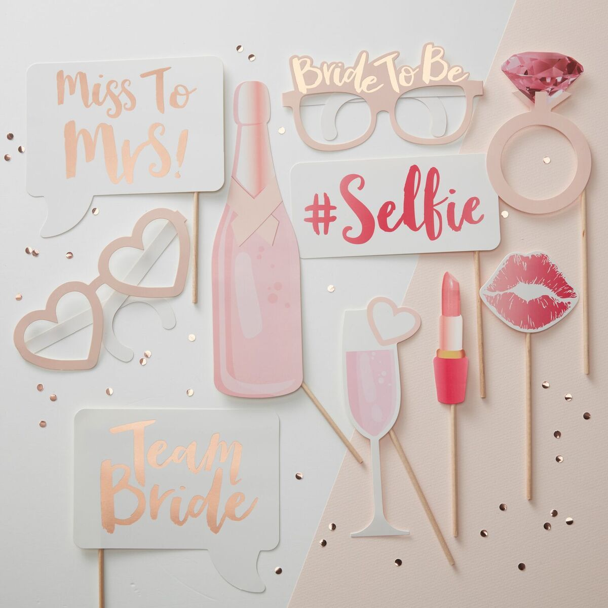These Cly Hen Party Props Are A Gorgeous Way To Capture Stylish Fun Photos On The Do Celebrations Sophisticated Selection Of Pink And Gold